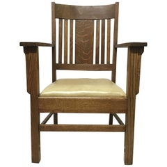 L&JG Stickley Arts & Crafts Oak Arm Chair with Curved Back & Shaped Arm Supports