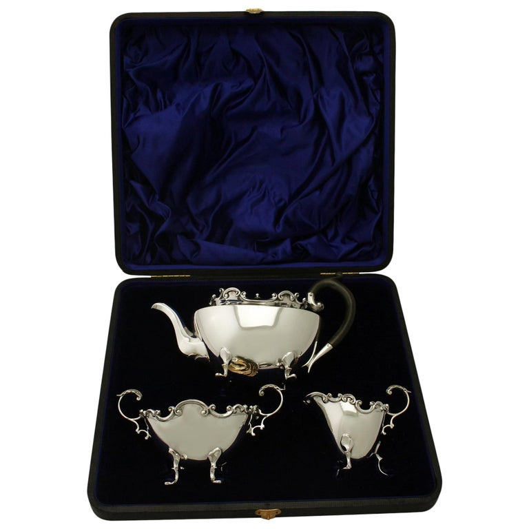 Antique Victorian Sterling Silver Three-Piece Tea Service, 1900 For Sale