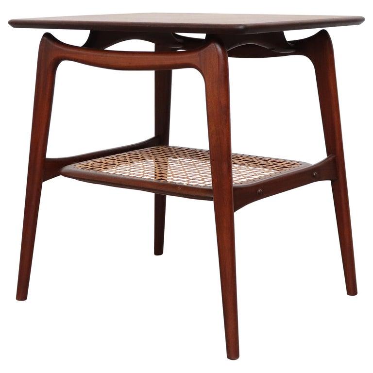 WéBé 'Ella' Teak Side or Coffee Table with Rattan Magazine Shelf For Sale