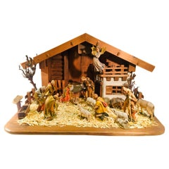 Finest Quality Italian Nativity Set Hand Carved Wood 17-Piece Oswald Demetz Deur