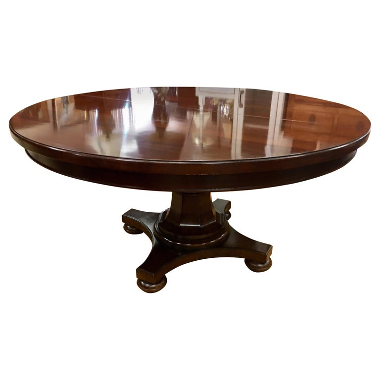 Round Mahogany Dining Room Table With Expandable Leaf For