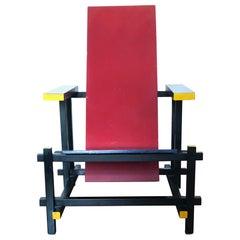 Gerrit Rietveld Red Blue Chair 1917 De Stijl Design, Mondrian Mid-Century Modern