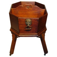 Mahogany Wine Waiter or Bottle Carrier Stand, circa 1750-1760