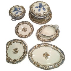 French Gien Faience Dinner Table Service, France, circa 1940 Blue Apple Model