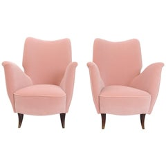 Pair of Pink Velvet Lounge Chairs by Gio Ponti for I.S.A. Bergamo, circa 1950