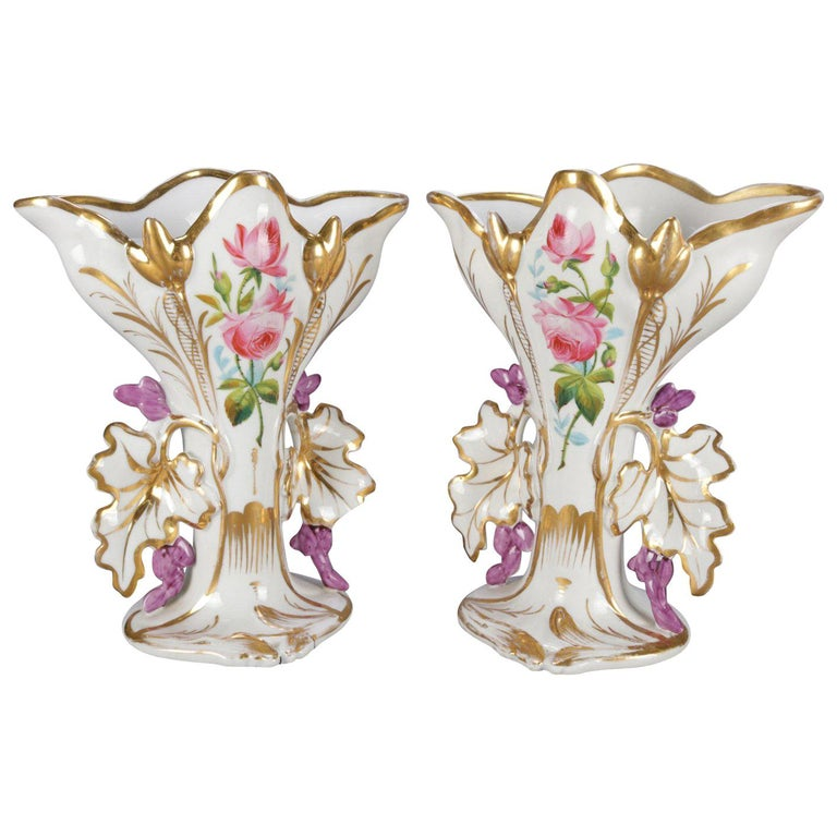 Pair of French Hand Painted and Gilt Porcelain Old Paris Spill Vases, circa 1880 For Sale