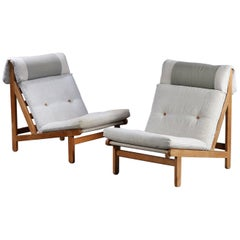 """Pair of Danish """"Rag"""" Easy Lounge Chairs in Oak and Leather by Bernt Petersen"""