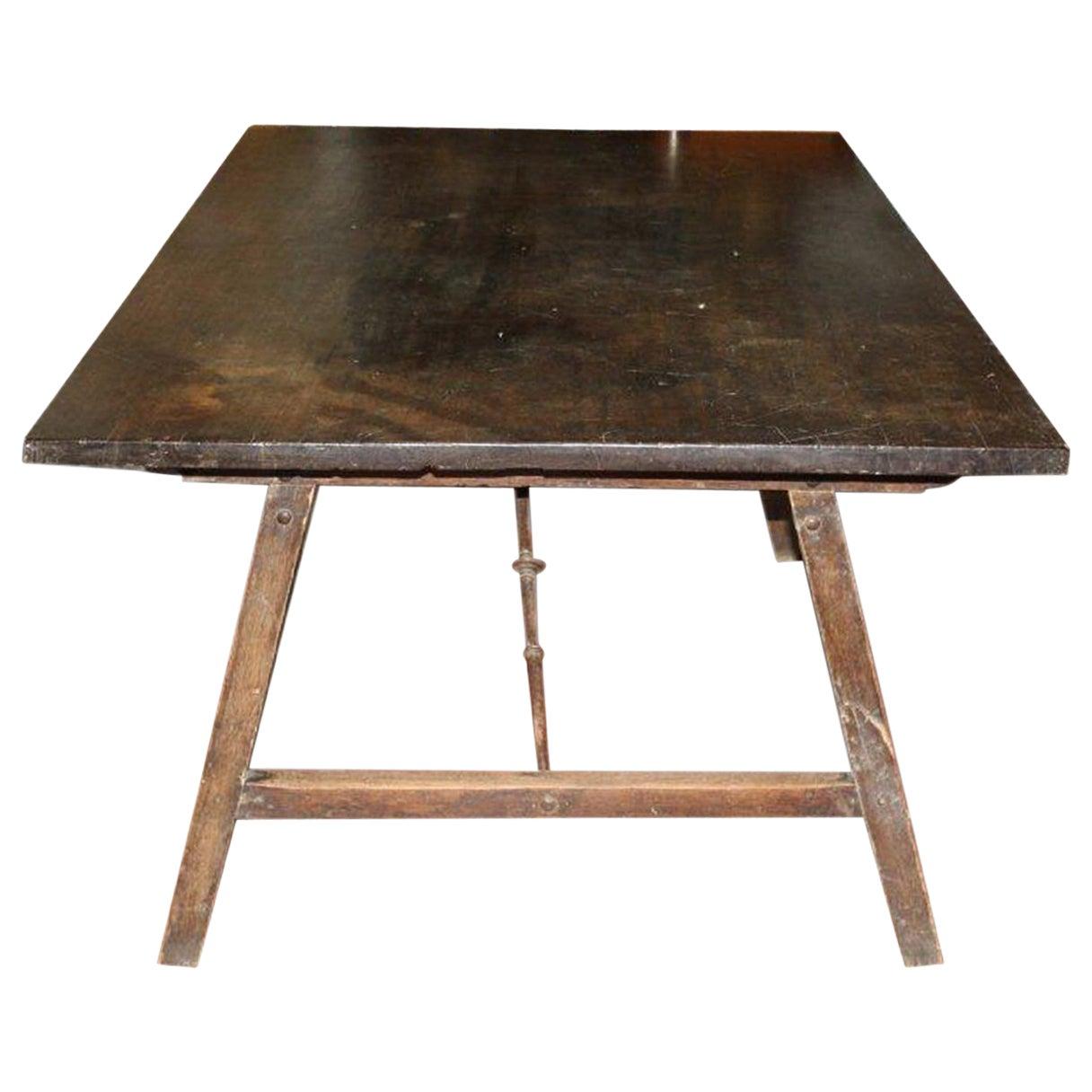 Mahogany Table Foldable Legs, 17th Century