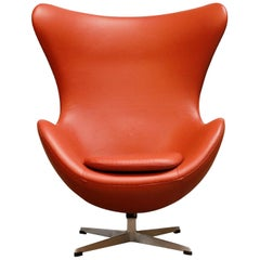 Egg Chair in Burnt Orange Leather, Arne Jacobsen for Fritz Hansen, Signed 1963