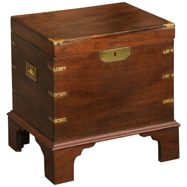 English 1890s Campaign Mahogany Cellarette with Brass Accents and Bracket Feet 1
