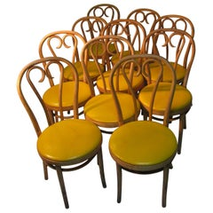 Set of Bentwood Thonet Cafe Bistro Dining Chairs