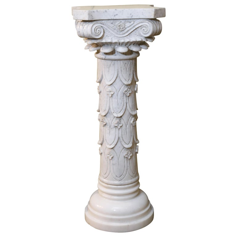 Pair of Early 20th Century Italian Marble Carved Pedestals For Sale