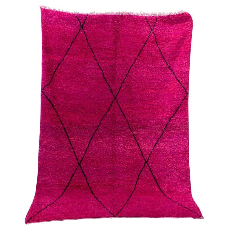 Moroccan Beni Ourain Double Sided Wool Rug in Hot Pink and Black For Sale