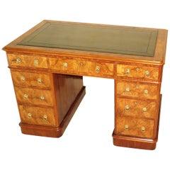 Antiker Schreibtisch aus Nussbaum Wurzelholz, 19. Jahrhundert