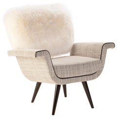 Ivy Armchair with Natural Fur