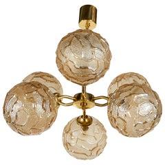 French, 1950s Sputnik Chandelier with Geometric Glass Globes in Champagne