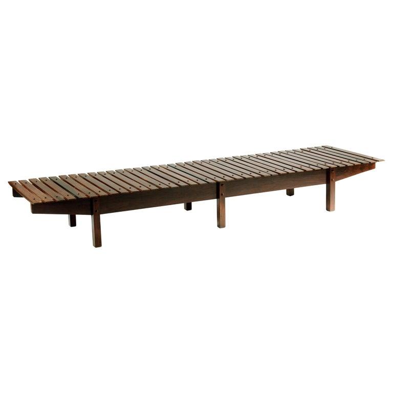 Mid-century modern Mucki Bench by Brazilian designer Sergio Rodrigues For Sale