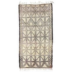 Vintage Moroccan Rug with Mid-Century Modern Style, Beni M'Guild Moroccan Rug