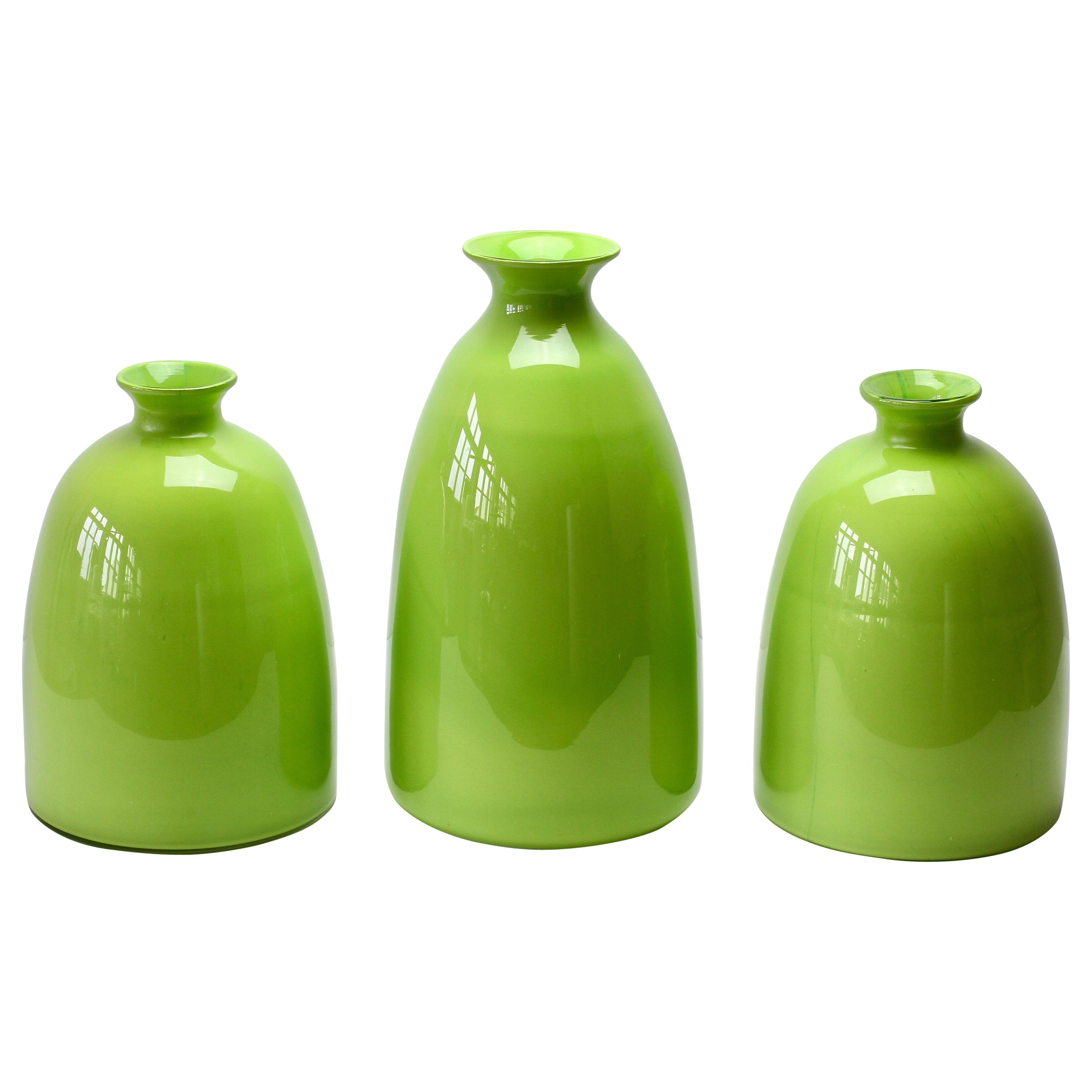 Colorful Cenedese Set of Tall Apple Green Vintage Italian Murano Glass Vases