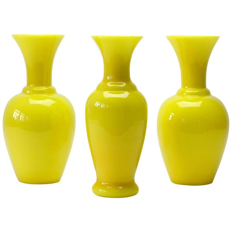 Cenedese Trio von hellen gelben Vintage italienische Murano Art Glasvasen, 1960er Jahre 1