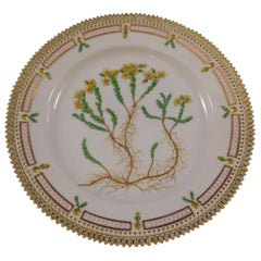 Flora Danica Royal Copenhagen Porcelain Luncheon Plate Sedum Acre Yellow