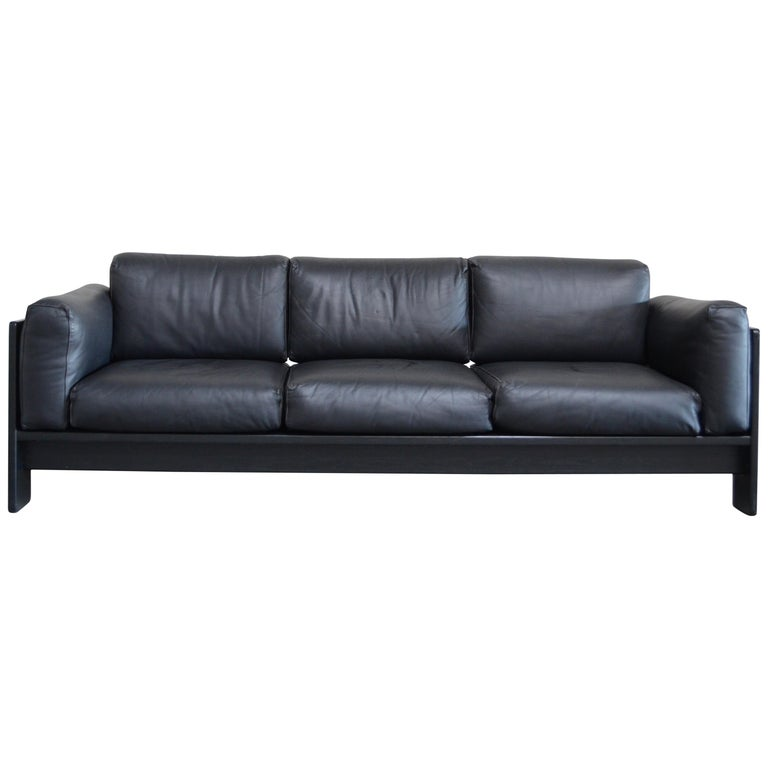 Gavina Leather Sofa Model Bastiano design Tobia & Afra Scarpa For Sale