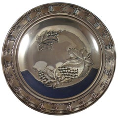 Rose Point by Wallace Sterling Silver Tray with Grapes Round #4455-9