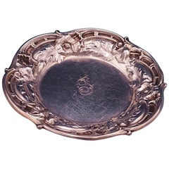Les Six Fleurs by Reed and Barton Sterling Silver Butter Pat #N478