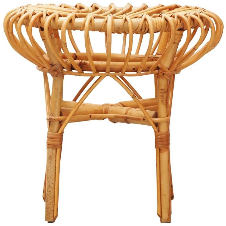 rohe tabouret hocker in rattan at 1stdibs. Black Bedroom Furniture Sets. Home Design Ideas