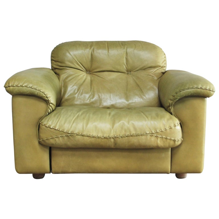 De Sede James Bond Leather Lounge Chair DS 101 Olive Green For Sale