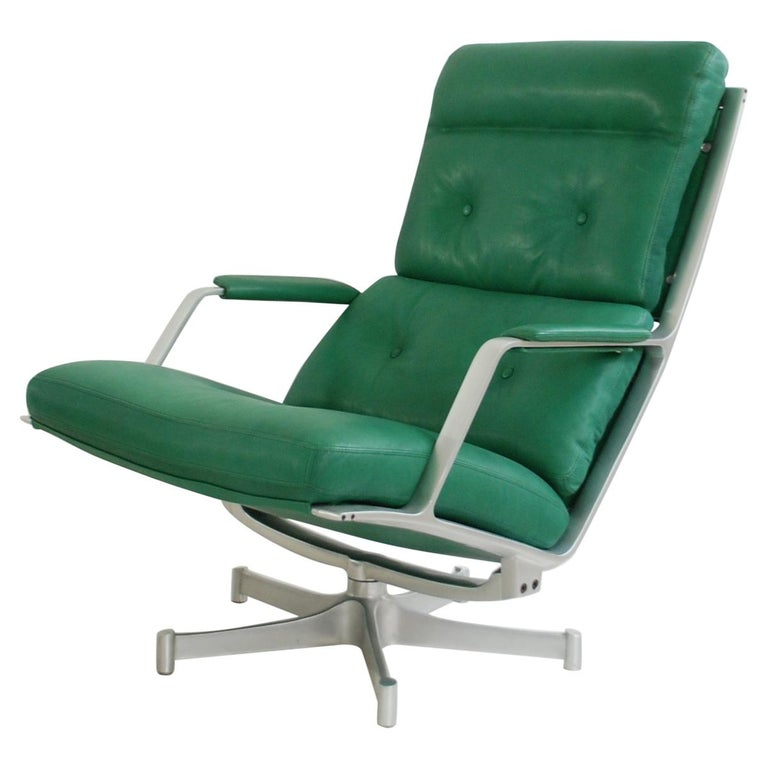 Kill International FK 85 Lounge Chair Green by Kastholm & Fabricius Kelly green For Sale