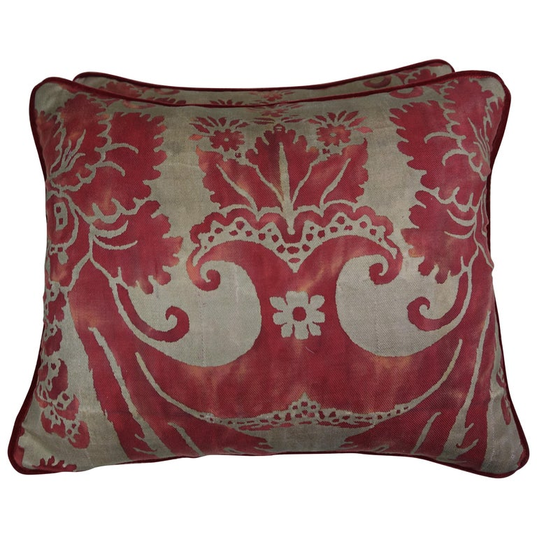 Vintage Glicine Patterned Fortuny Pillows, Pair For Sale