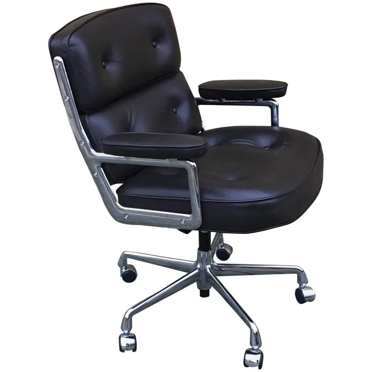 Time-Life Executive Chair by Charles & Ray Eames   For Sale