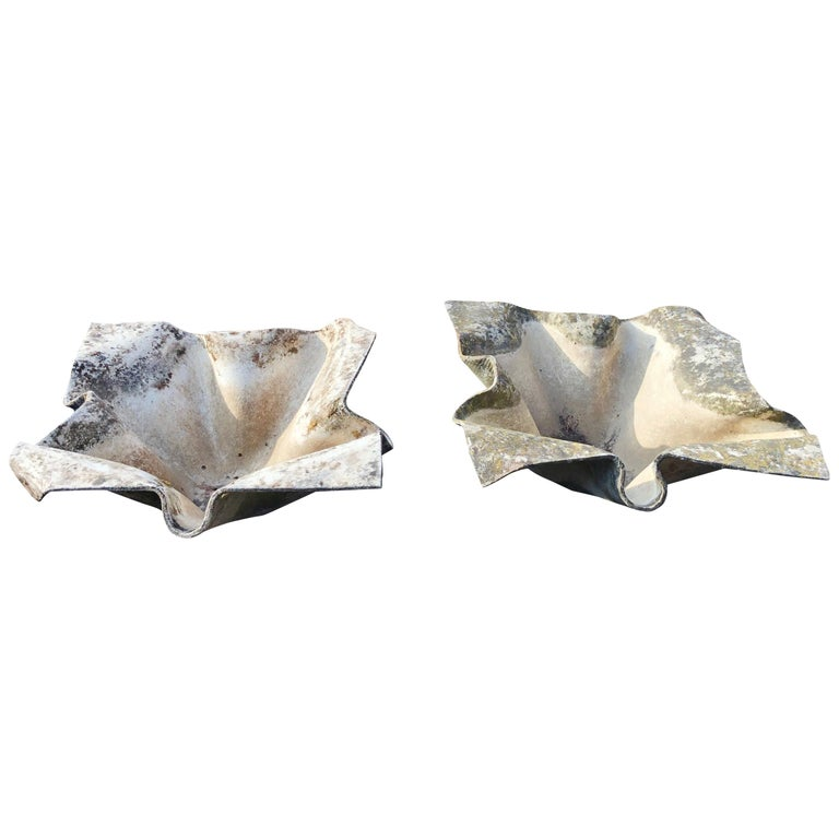 Pair of Large Elephant Ear Planters Designed by Willy Guhl For Sale
