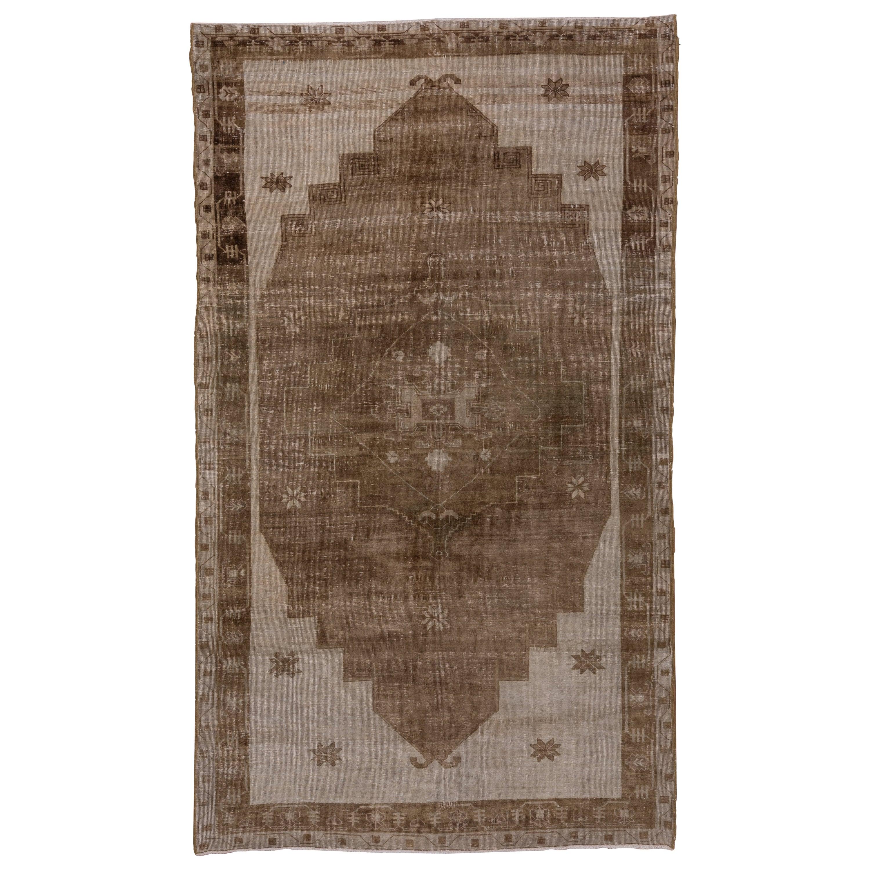 Antique Oushak Rug, Neutral Palette, circa 1920s