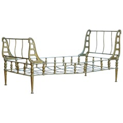 French Napoleon III Cast Iron and Painted Sleigh Daybed