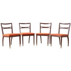 Set von vier Mitte des Jahrhunderts lackierte Esszimmerstühle