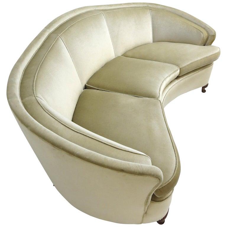 1940s Italian Modern Curved Vintage Design Sofa in Beige Velvet-Velour, 3-Seater For Sale