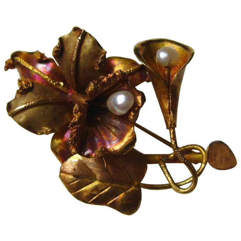 Vintage 18-Karat Gold Tropical Hawaiian Orchid Freshwater Pearl Brooch Pin For Sale
