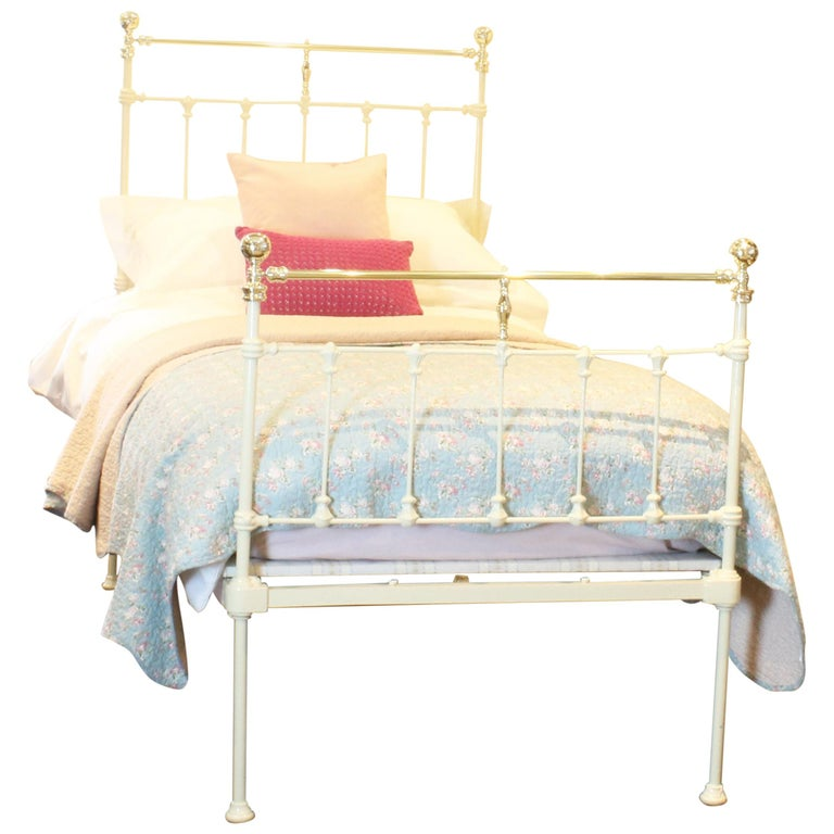 Victorian Cast Iron Bed In Cream Ms34 For