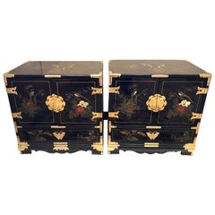 Pair of Midcentury Chinese Chinoiserie Black Lacquer Nightstands