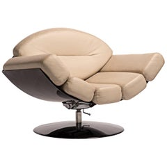 Gaivota Chair by Ricardo Fasanello