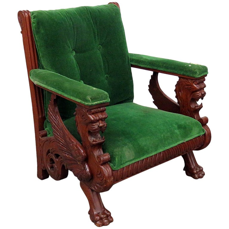 Prime Renaissance Style Winged Griffin Chair Attributed To Rj Horner Gamerscity Chair Design For Home Gamerscityorg