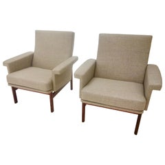 Pair of Finn Juhl Lounge or Armchairs for France & Son in Greige Fabric