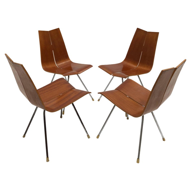 Swiss Design Set of 4 Hans Bellmann 'GA' Dining Chairs for Horgen Glarus 1955 For Sale