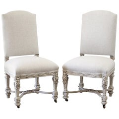 20th Century Pair of Carved Parsons Chairs in Natural Belgian Linen