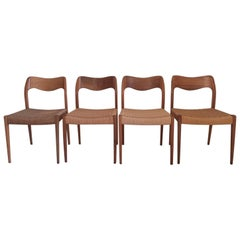 Set of 4 Danish Dining Chairs, Model 71, by Niels O. Moller