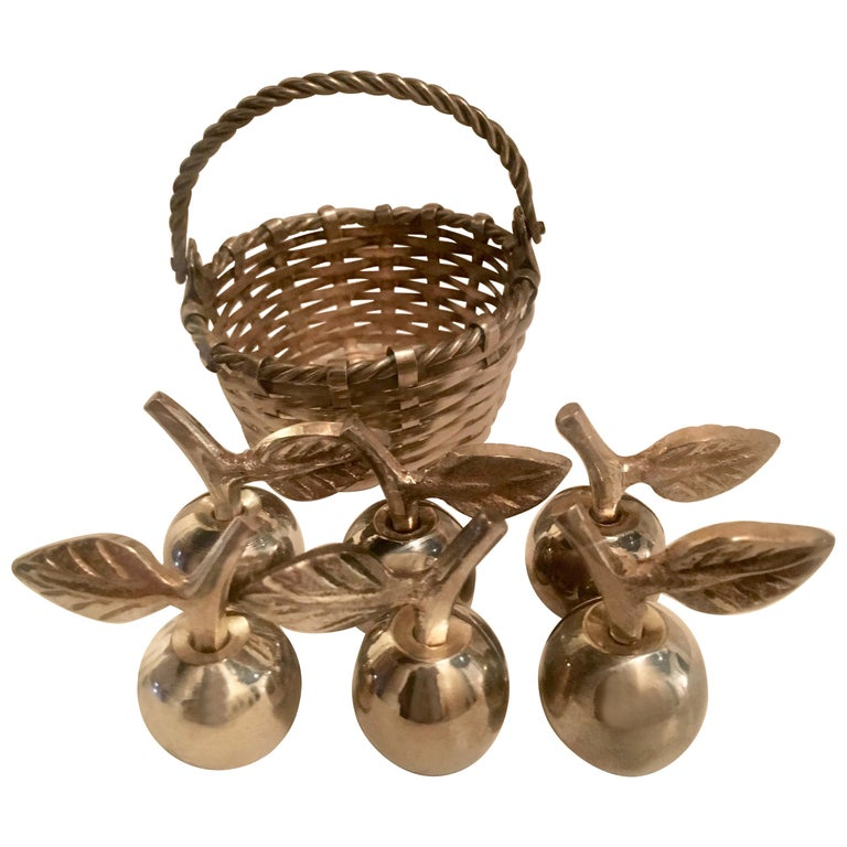 Six Silver Apple Place Card Menu Holders with Woven Basket For Sale