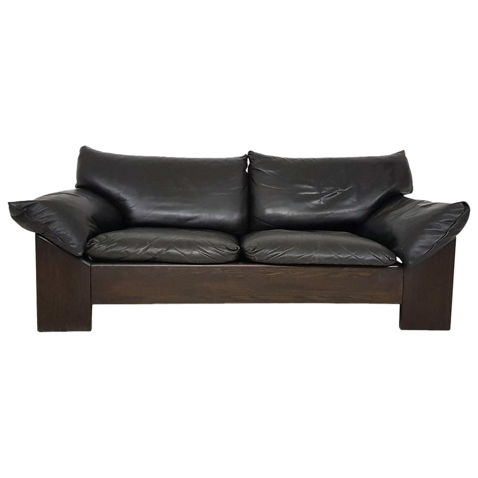 Brutalist Oak and Leather 2-Seat Sofa or Loveseat by Leolux, Dutch Design, 1970s