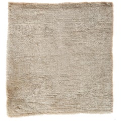 Solid and Neutral Ivory Rug Bonn 'Belfast' Hand-Loomed, Soft Bamboo Silk
